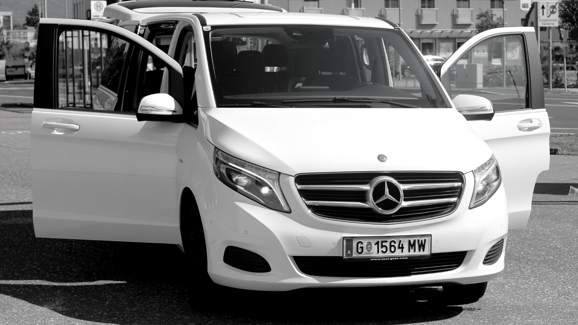 hire-a-car-mercedes_vito